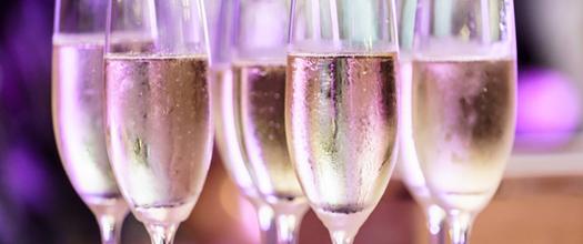 Distributeur champagne conserver vins effervescents