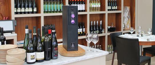 La Tour pour conserver les bouteilles ouvertes de vins tranquilles et vins effervescents