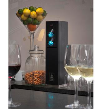 LaTour conserve les bouteilles ouvertes de vin 3 semaines par le vide